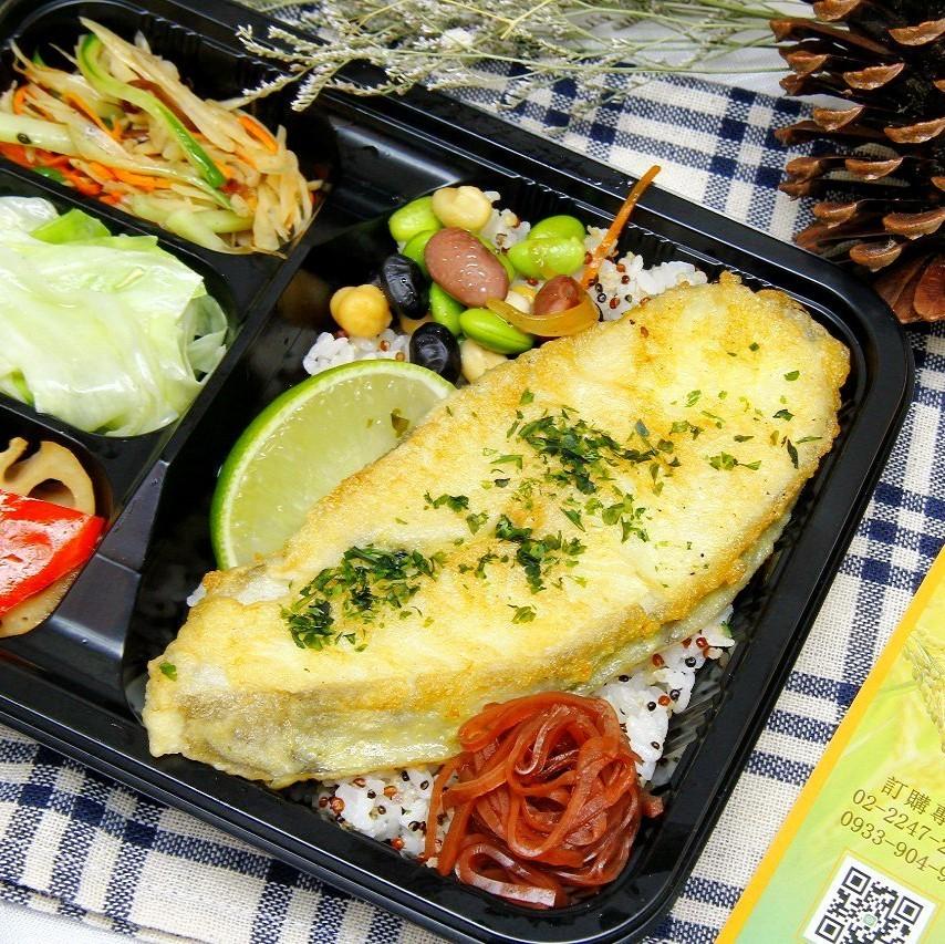 輕食餐盒-麥年鱈魚飯