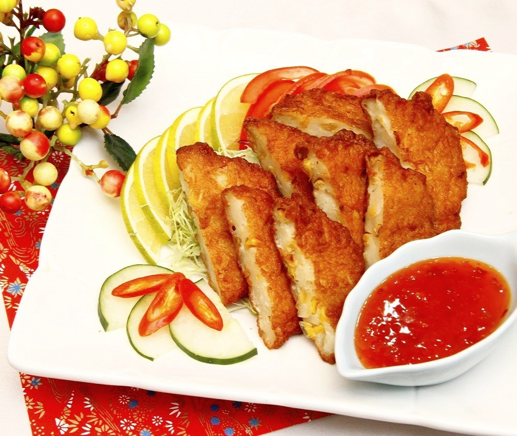 主廚私房菜:酥炸海鮮餅沙拉