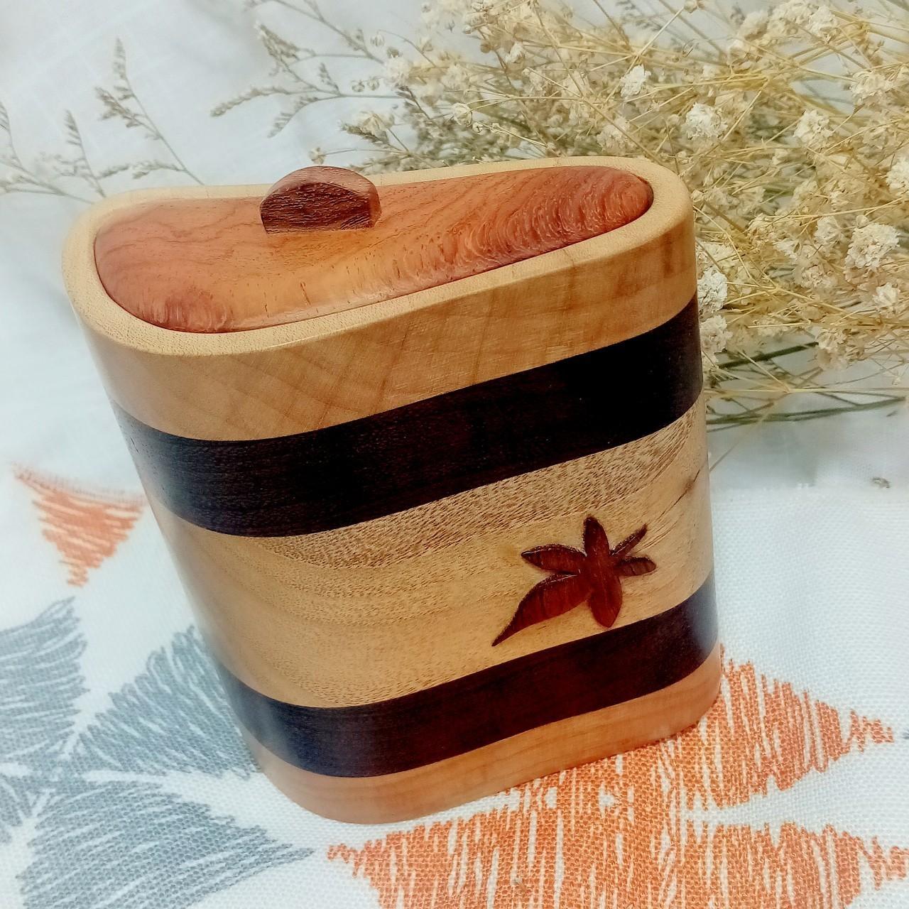 傢飾藝品-大原木飾品盒1個