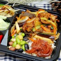 輕食餐盒-黑胡椒鐵板豬柳飯