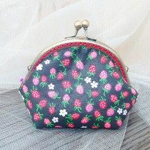 傢飾藝品-手作織布零錢包(草莓黑)