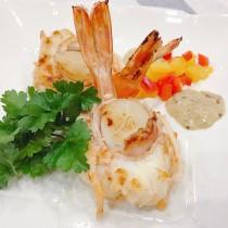 主廚私房菜:明蝦干貝芥末醬燉蔬菜